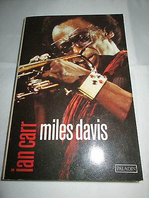 Miles Davis By Ian Carr 1982 Paper Back Book