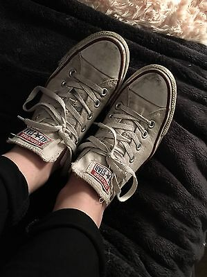 Ladies Very Worn White Smelly Converse Size 5
