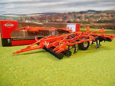 Britains Kuhn Performer 5000 Cultivator 1/32 43108A1  *boxed & New*