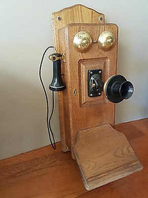 Antique Vintage Old Style Timber Wall Telephone
