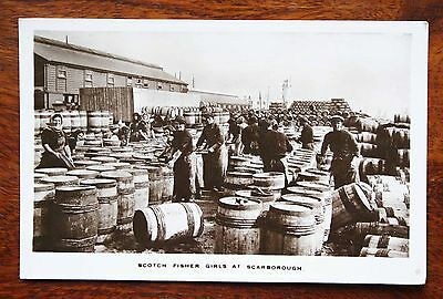 Scarborough Scotch Fisher Girls On The Quayside Real Photo Rp Postcard 1917