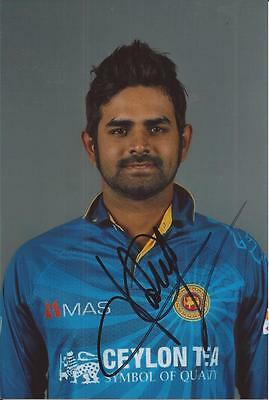 SRI LANKA * LAHIRU THIRIMANNE SIGNED 6x4 PORTRAIT PHOTO+COA