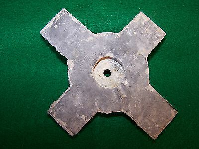 British WW2 rubber cross piece for Doughboy & Turtle helmet liners. Very scarce.