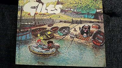 Giles Annual 29th Series 1975 Cartoon Book Daily Express Very good condition