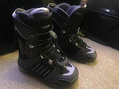 Ladies Salomon Snowboard Boots, U.K. Size 5
