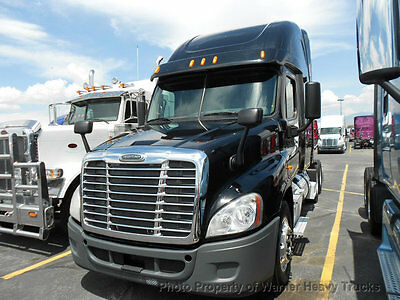 2013 Freightliner Cascadia Cummins Isx 450Hp Auto Transmission Carrier Apu