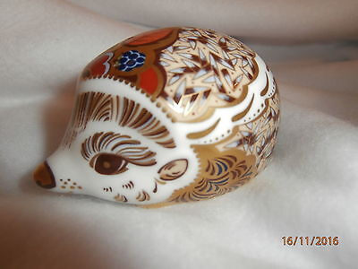 Royal Crown Derby BRAMBLE HEDGEHOG. Gold Stopper excellent Condition