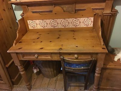 Vintage style pine wash stand with tiles can deliver