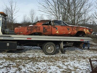 1970 Plymouth Road Runner  1970 plymouth superbird