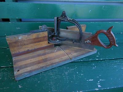 Antique Millers Falls Wooden Miter Box W/ Saw Construction Framing Tool