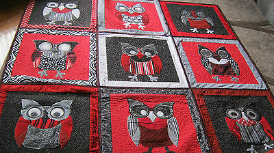 Owls Quilt - Double size - red/black/white
