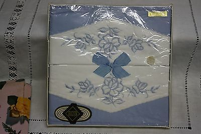 Lovely Pair Vintage Cotton Embroidered Pillowcases White /Blue Unused Boxed