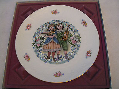 Royal Doulton 1981 Valentine's Day Plate Victorian Children Playing Music MIB
