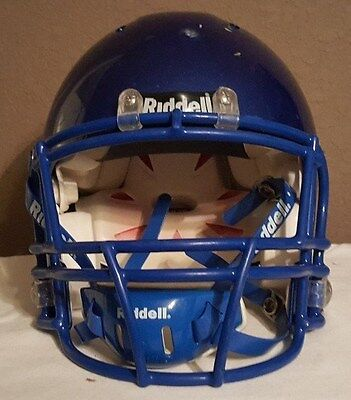 2008 Riddell Revolution IQ in Adult size medium with Black Parts