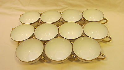 Vintage Royal Bayreuth 1794 Bavaria Grapevine Gold Encrusted Two Handled Cups