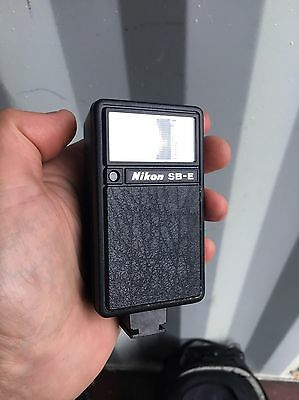Nikon Speedlight SB-E - Camera Flash