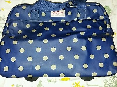Cath kidston SOLD OUT Wheeled trolley navy spot weekend bag compartments flight