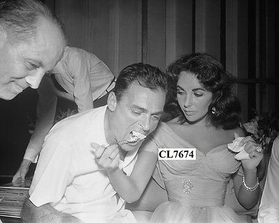Elizabeth Taylor and Mike Todd Eating Their Wedding Cake in Puerto Marques.Photo