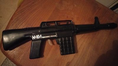 vintage toys plastic m-404 machine pistol made in hong kong