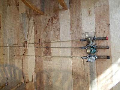 3 Vintage Fiber Glass Fishing Rods With Reels