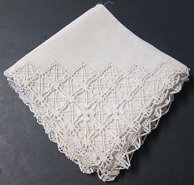 Antique 6 Linen Cocktail or Tea Napkins Fabulous & Ornate Drawnwork Decoration