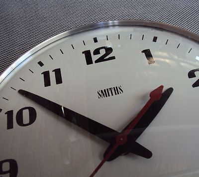 WALL CLOCK - SMITHS 1970's INDUSTRIAL RETRO VINTAGE - USA Movement EXC