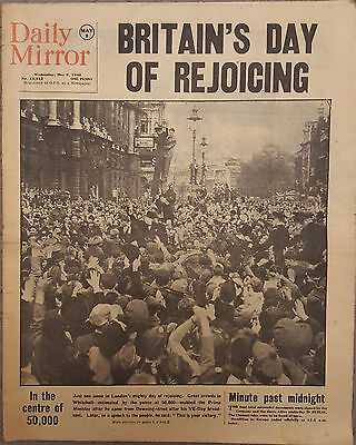 Daily Mirror : May 9th 1945 : VE Day Celebrations WW2