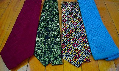Lot of 4 Vintage 1970s Wide Neckties Knit Disco Polyester Lot 1