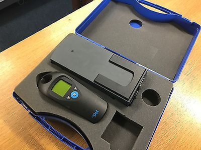 Centurfax ccDot Dot Evaluation Plate Meter Densitometer CCD210 WORKS PERFECTLY