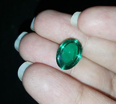 6.05 Ct Oval Cabochon Che-tan Panna (Emerald) Lab-Created Gemstone