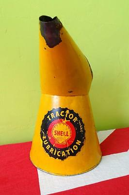 Vintage Half Gallon Yellow Shell Tractor Lubrication Oil Can Jug