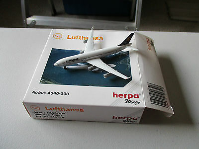 Herpa Wings 516518 Lufthansa A340-200  Version 5