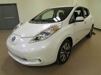 2014 Nissan Leaf SL Hatchback 4-Door 2014 Nissan LEAF SL 4dr Hatchback
