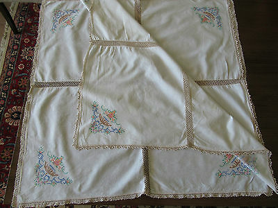 Lot 1 Nice Vintage Collection 2 Tablecloths Embroidered Lace Doilies