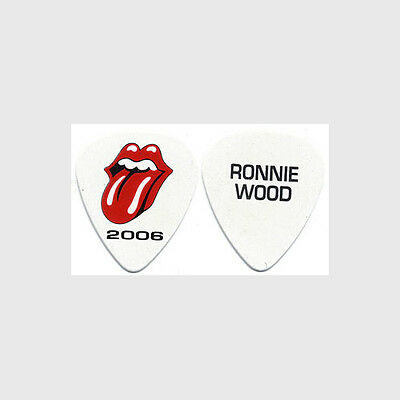 Rolling Stones Ronnie Wood authentic 2006 tour Guitar Pick