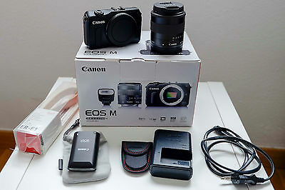Canon EOS M + 18-55 IS STM + Flash 90 EX