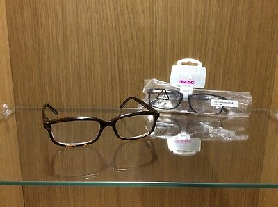 2 Pairs of Foster Grant Spring Hinged Reading Glasses  + 2.50 Strength RRP £21
