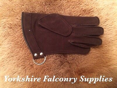 OFFER!!!!!! Falconry Glove Short (brown) Medium