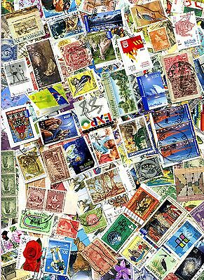 AUSTRALIA UNSORTED COLLECTION OF OVER 400 STAMPS USED & MINT : See Scan