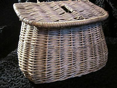 Antique Vintage Pot Bellied Fishermens Creel Fly Fishing Basket Use Display