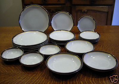 """Harmony House Fine China Marquis 3689 Pattern 4 Bread Plates 6 1/2"""""""