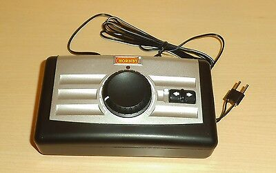 Hornby R8250 Train controller - for use with 19v power supply (not included)
