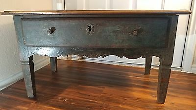 small primative antique solid wood painted coffee table w/drawer