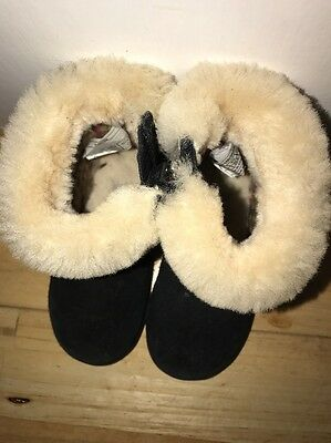Girls Kids Uggs Black Fur Boots Size 5