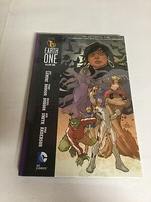 Teen Titans Earth One Vol 1 Hc Nm Near Mint TPB