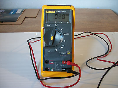 Fluke Model 73III Multmeter with stand up rubber case and leads