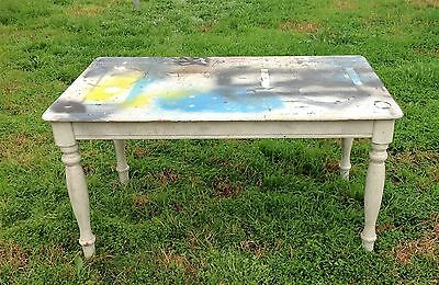 vintage INDUSTRIAL STYLE WOODEN TABLE cafe bar RETRO  FUNKY GRAPHICS old pine