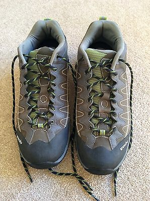 Evolv Climbing Approach Shoe Size 9.5 (44)