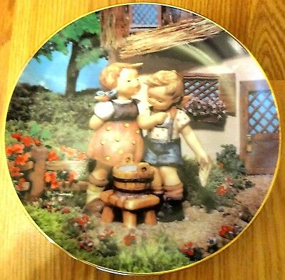 Squeaky Clean Plate M I Hummel from the Little Companions Collections MINT