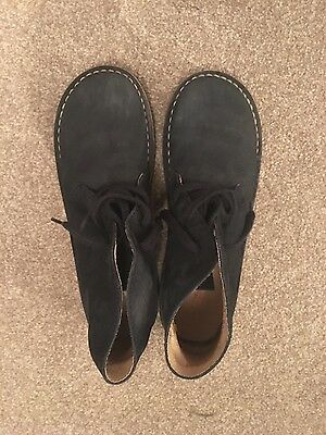 Russell & Bromley Kids Suede Boots Size UK 4